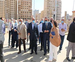 محافظ القاهرة يتفقد تسكين المواطنين