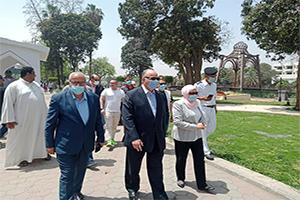 محافظ القاهرة يقوم بجولة تفقدية لمتابعة غلق الحدائق والمتنزهات وتطبيق الإجراءات الإحترازية